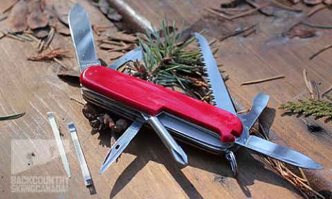 Victorinox Swiss Army Hiker Knife With Firestarter And Pouch
