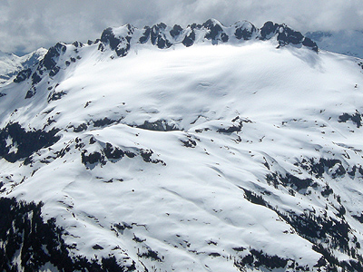 Vancouver-Island-Backcountry-Skiing-Nine-Peaks