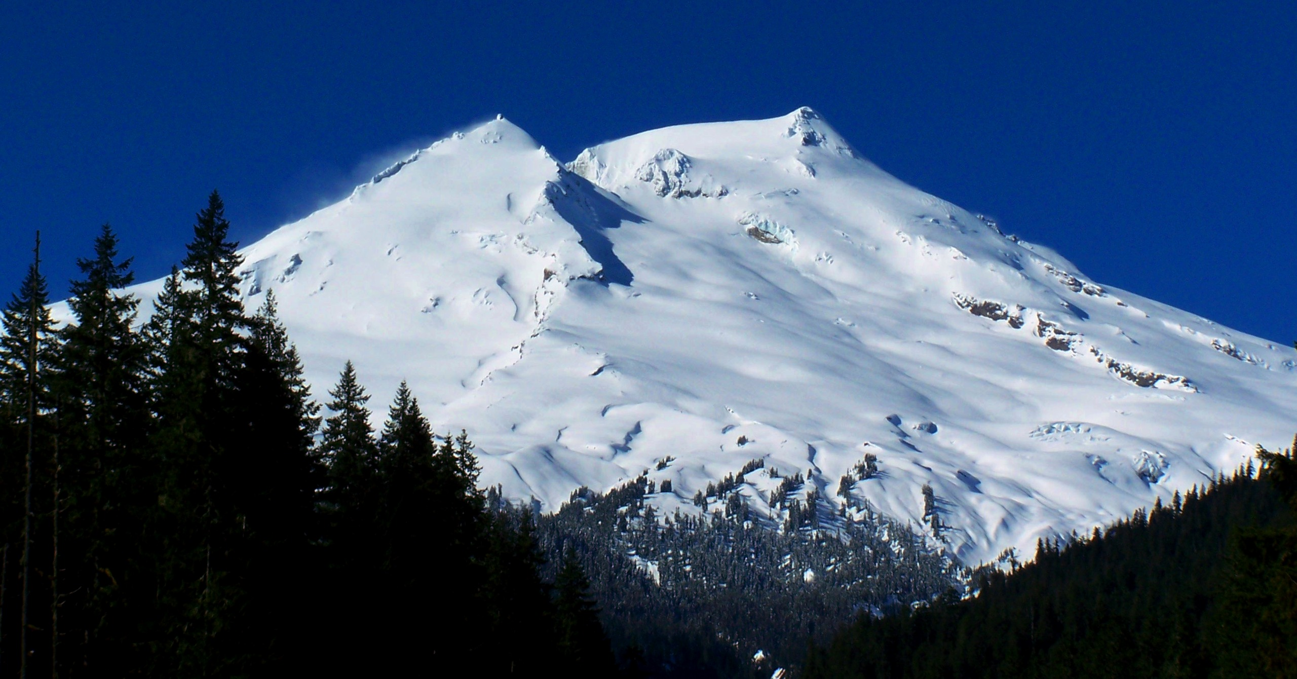 Ski the Cascade Volcanoes